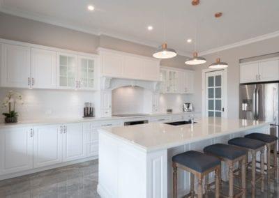 Glamorous Traditionally Inspired Hamptons Kitchen Cobbitty